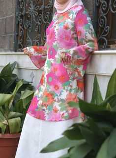 Pastel Flowers Print Flared Sleeve Tunic