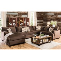 Create an inviting family room with the help of the chocolate upholstery while adding a slight modern touch to your existing décor. The wide U-shaped structure allows for lazy evening relaxation or exciting gatherings with its many seats and plush backs.
