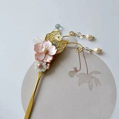 For the shell flowers you have Korean Accessories, Head Accessories, Cute Jewelry, Hair Jewelry, Chinese Hairpin, Sakura, Hair Sticks, Hair Ornaments, Hanfu