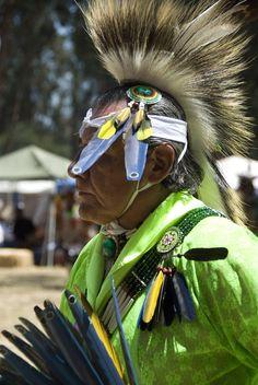 Ira Nowinski photographs of the Stanford Powwow, 2006  (58)