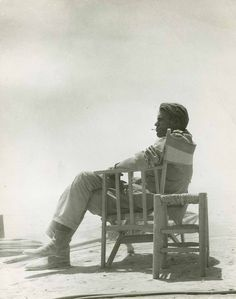 """Studio photo of Peter O'Toole on set for the 1962 film """"Lawrence of Arabia. Classic Hollywood, Old Hollywood, Michael Wilson, David Lean, Nostalgia, Peter O'toole, Lawrence Of Arabia, British American, Love Film"""