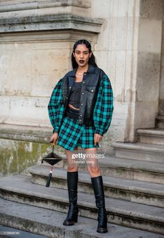 Aleali May seen wearing black leather jacket with checkered sleeves,. Color Menta, Willow Smith, Outfits Otoño, Asymmetrical Skirt, Wearing Black, Black Boots, Tartan, Women Wear, Spring Summer