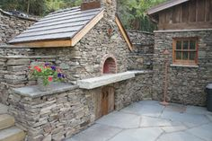 stone-patio-pizza-oven