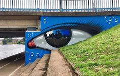 Exeter, UK, pezzo dello street artist statunitense My Dog Sighs