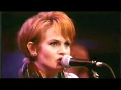 Shawn Colvin / Mary Chapin Carpenter / Rosanne Cash : You Aint Goin Nowhere (Dylan cover))