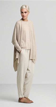 Outfit comfortable Like this casual outfit. Like this casual outfit. Mode Outfits, Casual Outfits, Fashion Outfits, Womens Fashion, Fashion Trends, Winter Outfits, Winter Dresses, Fashion Shoes, Dress Casual