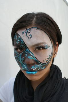 #faceNbodyPaint Face paint comp my Yin Yang won 2nd place on OctopusShanghai by wildcatfin, via Flickr