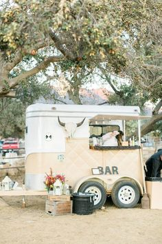 Ranch wedding with flowers by Down Emery Lane. Photo by Rebecca Theresa Photography. Converted Horse Trailer, Coffee Trailer, Fifth Wheel Trailers, Coffee Truck, Food Trailer, Mobile Boutique, Horse Trailers, Anton, Flowers