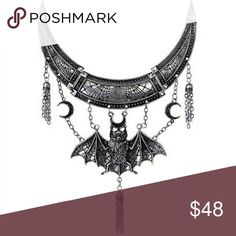 Silver Metal Bat Moons Occult Gothic Necklace Stunning Statement Piece! No Flaws! NWOT Jewelry Necklaces
