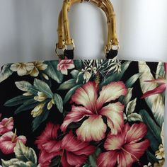 Gorgeous Hawaiian Floral Tropical Barkcloth Bamboo Handle Beach Bag Cruise Purse #Cruiseware #Handbag