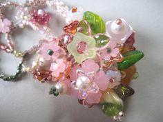 Wedding bracelet from 3 sisters bead