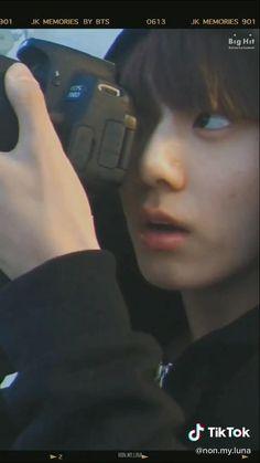 My entire heartu♥️♥️ Jeon Jungkook Hot, Jungkook Abs, Foto Jungkook, Jungkook Cute, Bts Jimin, Foto Bts, Bts Photo, Jikook, Beatles