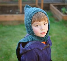amirisu: Free Pattern from amirisu - Pixie Scarf Hat Totally adorable and functional too! Pixie, Knitting For Kids, Baby Knitting, Knit Crochet, Crochet Hats, Scarf Hat, Free Sewing, Baby Hats, Knitted Hats