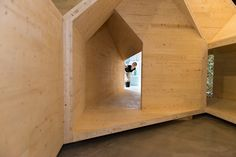 Four Corners re-imagines the traditional timber-framed New England Barn using cross-laminated timber. Team: Yasmin Vobis, Aaron Forrest, Ultamoderne
