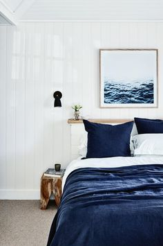 Best Modern Blue Bedroom for Your Home - bedroom design inspiration - bedroom design styles - bedroom furniture ideas - A modern style for your bedroom can be just accomplished with bold blue wallpaper in an abstract design and also patterned bedlinen Coastal Bathrooms, Coastal Living Rooms, Coastal Homes, Coastal Farmhouse, Coastal Cottage, Coastal Decor, Coastal Entryway, Cottage Entryway, Coastal Country