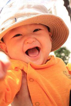 happy smile, via Flickr.