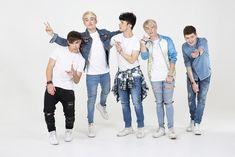 Andy, Rye, Brooklyn, Mikey and Jack are the new British / Irish boyband ROADTRIP.