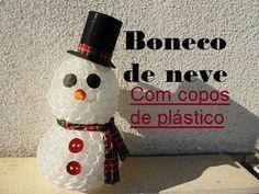 Boneco de neve feito com copos de plástico - YouTube
