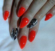 coral neon nails
