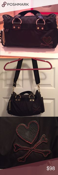 """Tokidoki Gioco Top Handle or Shoulder Bag Clean & in great condition from a smoke free home! - Exterior snap open pockets - Top handles with a 6.5"""" drop - Adjustable/detachable shoulder strap (Max. 50 in) - Interior back wall signature zip/open pocket - Two interior front wall open cell phone pockets    Silver tone hardware -  logo patch  - tokidoki logo puller charm tokidoki Bags Shoulder Bags"""