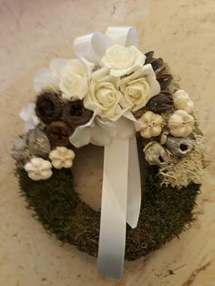 Easter Wreaths, Christmas Wreaths, Funeral Flowers, Holiday Decor, Gardening, Wreaths, Corona, Crown Cake, Creative
