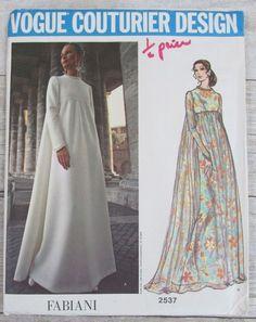 VOGUE Couturier Design vintage sewing pattern 2537 Fabiani evening dress