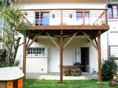 Terrasse bois suspendue sur pilotis et balcons bois for Construction piscine limoges