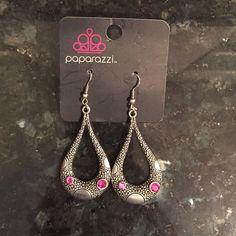 Paparazzi earrings Paparazzi earrings, brand new Jewelry Earrings
