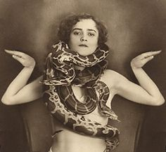 History and Women: Hoyden of the Week - Snake Enchantress