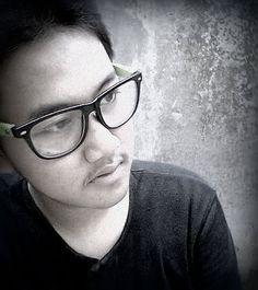 Simple Eye Glasses