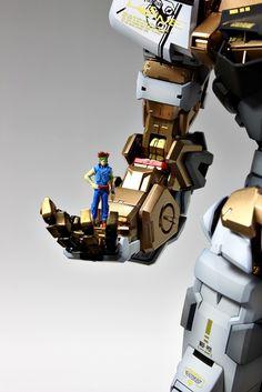 PG Gundam Astray [Gold Frame] - Customized Build Modeled by Suny Buny Astray Red Frame, Gundam Astray, Gundam Custom Build, Gundam Model, Plastic Models, Building, Gold, Robot, Universe