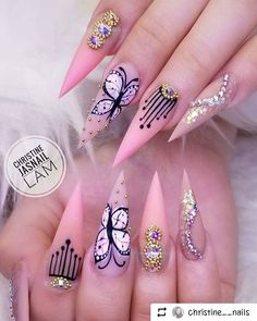 Adding some glitter nail art designs to your repertoire can glam up your style within a few hours. Check our fav Glitter Nail Art Designs and get inspired! Beautiful Nail Designs, Beautiful Nail Art, Gorgeous Nails, Pretty Nails, Hot Nails, Pink Nails, Polygel Nails, Color Nails, Nail Nail
