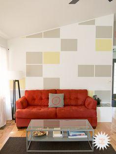 House Bella's Modern Living Room