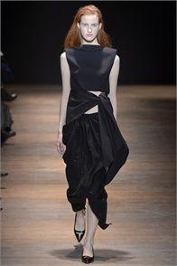 Sfilata Sharon Wauchob Paris - Collezioni Autunno Inverno 2013-14 - Vogue