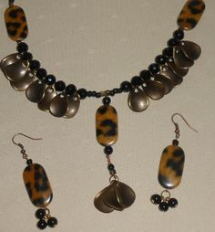Antique finish leopard necklace set by leidesigns on Etsy, $20.00