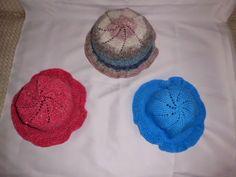 Knitting Galore: Child's Frilled Sun Hat.