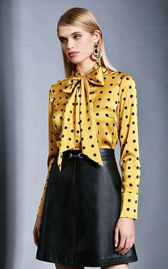 Sexy Blouse, Bow Blouse, Blouse And Skirt, Blouse Outfit, Business Outfits Women, Satin Blouses, Silk Satin, Blouses For Women, Silk Clothing
