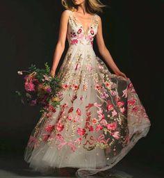 Temperly London Wedding Dress Robe De Rêve, Robe Longue, Belle Robe, Tenues  Chics 8275f02e9b1e