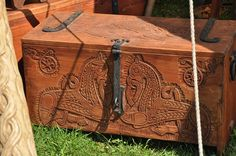 viking camp | coffre slavic | Icelandic viking camping