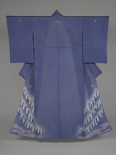 Unlined Summer Kimono (Hito-e) with Plovers in Flight over Stylized Waves | Japan | Taishō period (1912–26) | The Met