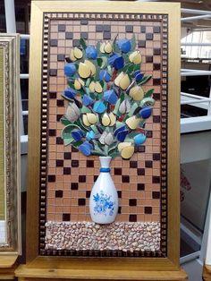 Trabalhos em Mosaico Tudo feito especialmente para voce Trabalhamos com tampo de mesa, bandeja, espelho, quadro, quadro em 3D, numeros e placas e etc Acesse www.myoatelier.com.br