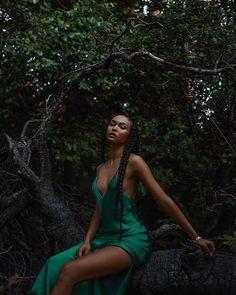 Model: Isabella Peschardt Image found on: Photoshoot Concept, Photoshoot Themes, Photoshoot Inspiration, Outdoor Photoshoot Ideas, Natural Photoshoot, Style Inspiration, Black Girl Magic, Black Girls, Black Lady