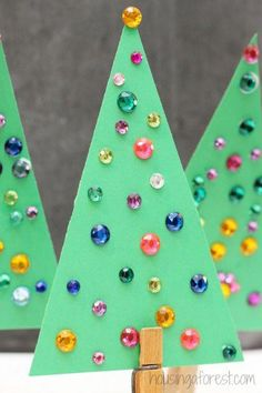 Simple Jeweled Christmas Tree Craft for Kids ~ Housing a Forest (Christmas Kids Tree) Origami Christmas Tree Card, Preschool Christmas, Christmas Activities, Christmas Crafts For Kids, Simple Christmas, Kids Christmas, Holiday Crafts, Decoracion Navidad Diy, Jeweled Christmas Trees