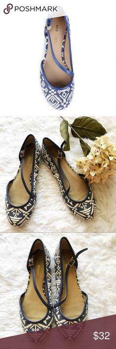 BOGO 💕 sole society Beautiful blue and cream aztec Yolanda ballet flats. Worn but lots of life left! Sole Society Shoes Flats & Loafers