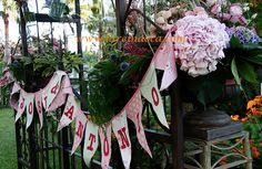 #Photocallbodas#bodasestiloprovenzal #bodasverano #bodasexclusivas #bodasalairelibre #decoracionbodas www.lareinaoca.com