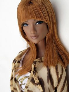Gorgeous girl! Love the hair with her skin tone. Nana by Peewee Parker, via Flickr
