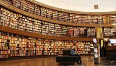Biblioteca Municipal de Estocolmo.