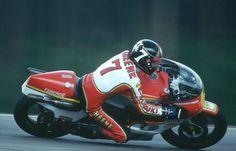 Barry Sheene, Texaco Heron-Suzuki 1977 FIM World Championship James Hunt, Valentino Rossi, Formula 1, Honda, Japanese Motorcycle, Bike Rider, Old Bikes, Racing Motorcycles, Motorcycles
