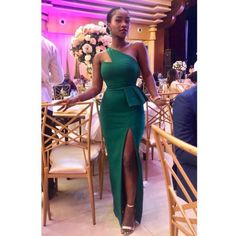 New Simple and Classy Asoebi Styles. Today,we compile a Simple and Classy Asoebi Styles fo African Bridesmaid Dresses, African Wear Dresses, Latest African Fashion Dresses, African Print Fashion, African Attire, Mermaid Bridesmaid Dresses, Bridesmaids, African Lace Styles, Lace Dress Styles