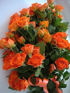 Beautiful bouquet of orange roses. Beautiful Rose Flowers, Love Rose, Amazing Flowers, Beautiful Flowers, Orange Flowers, Pink Roses, Rose Flower Wallpaper, Happy Birthday Flower, Special Flowers